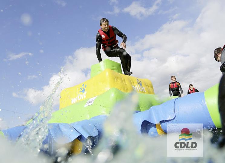 - Pyramide Inca aquatique gonflable 3 niveaux