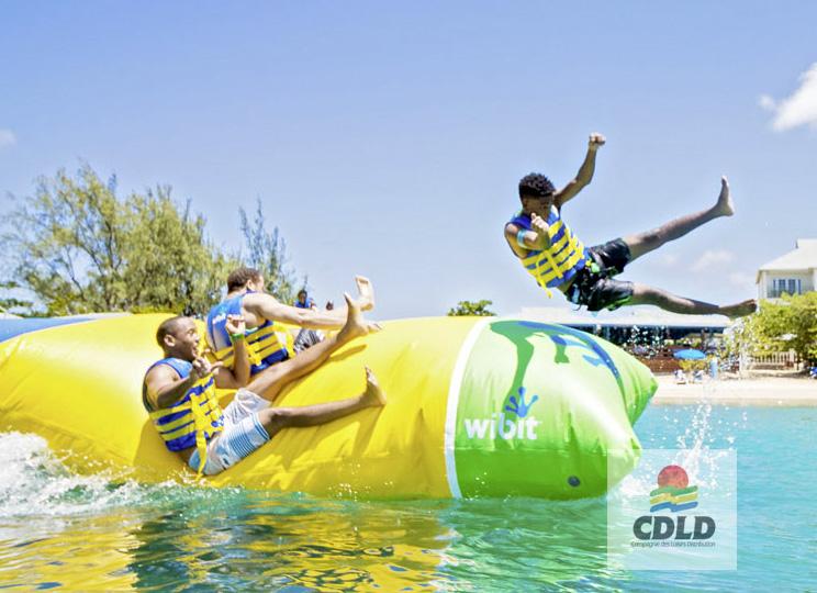 - Catapulte aquatique gonflable avec plate-forme de départ