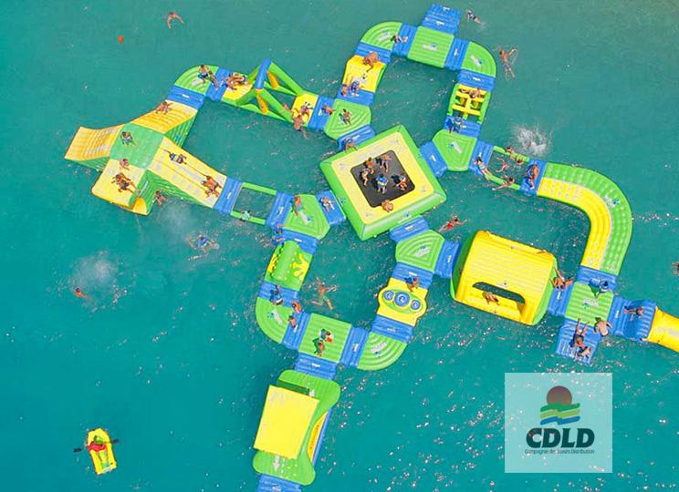 - Parc aquatique modulaire gonflable Wibit L