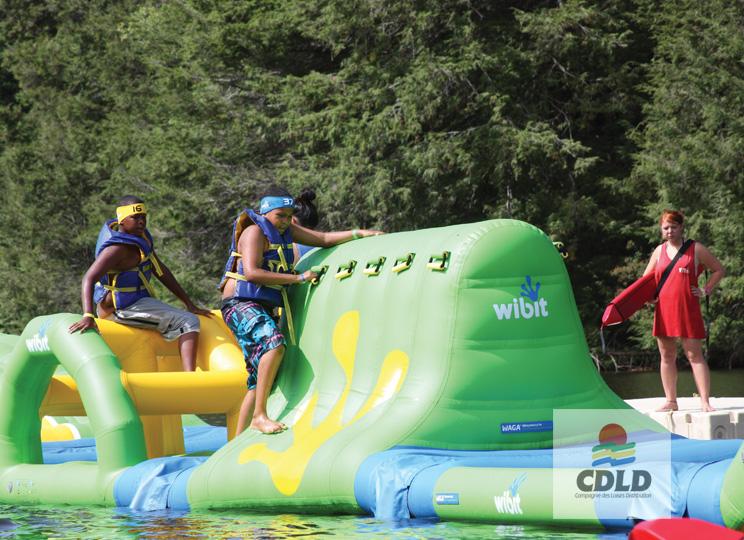parcours wibit aquatrack défi - Parcours aquatique modulaire gonflable de 17 m.