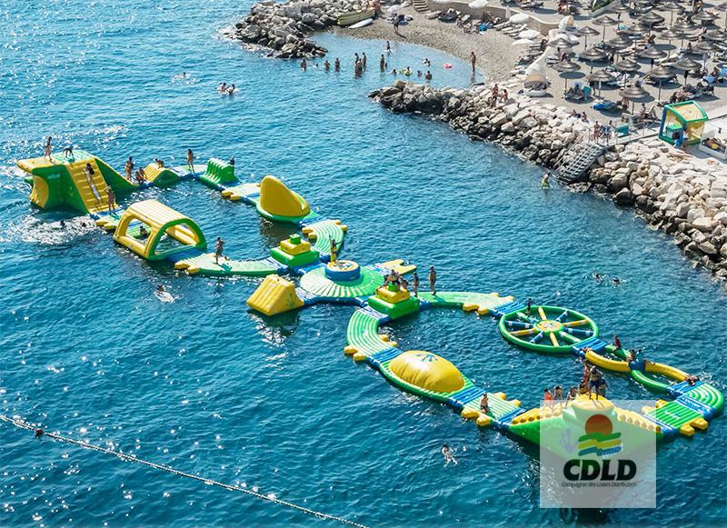 parcours parc gonflable bord de plage parcours s aquapak